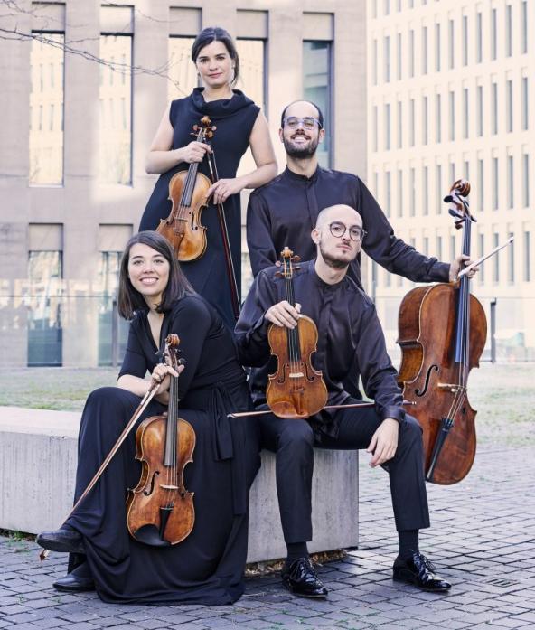 Quartet cosmos